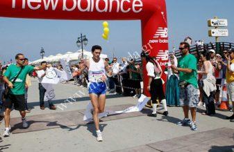 Διπλασίασε τις συμμετοχές του ο Ημιμαραθώνιος της Λευκάδας - Νίκες και πάλι για Καραβίδα και Διακομοπούλου