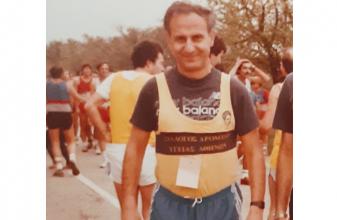 Νίκος Σακκάς: ο άνθρωπος που συνέδεσε το τρέξιμο στη χώρα μας με την υγεία