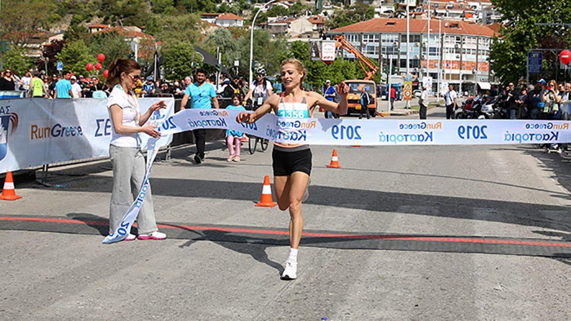 Η Σόνια Τσεκίνη από το Run Greece Καστοριάς