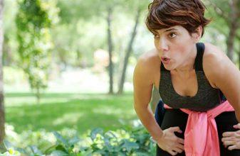 Γιατί λαχανιάζω όταν τρέχω;